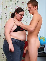 Fat teacher with shaved cunt pounded